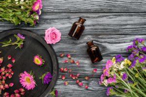 Meilleures huiles essentielles pour la kératose pilaire: Fare Thee Well 'Chicken Skin'