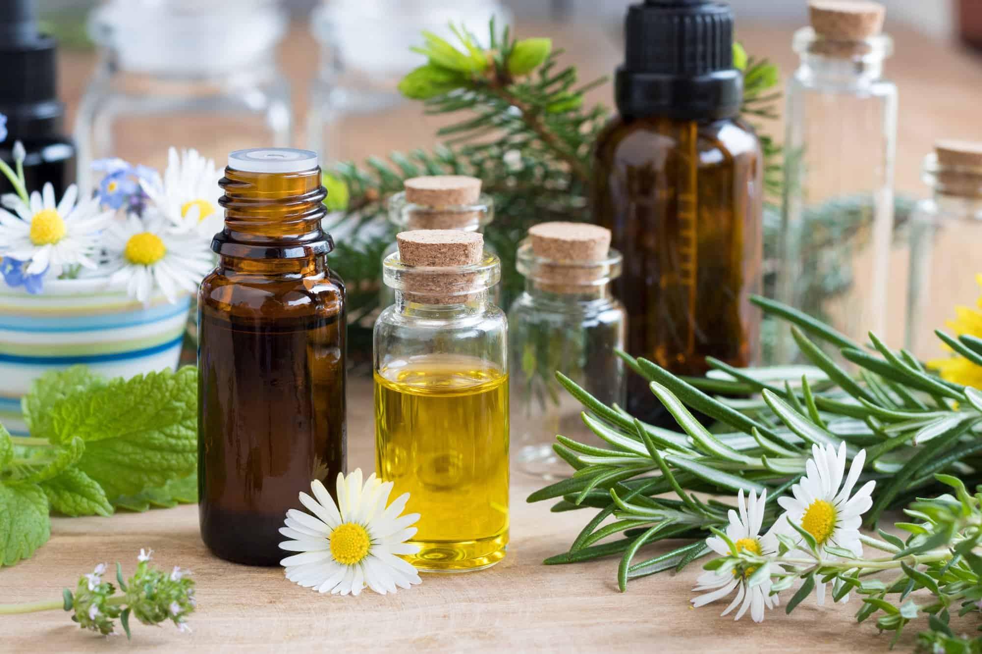 Meilleures huiles essentielles et remèdes maison pour empêcher la bursite de faire souffrir votre vie! |