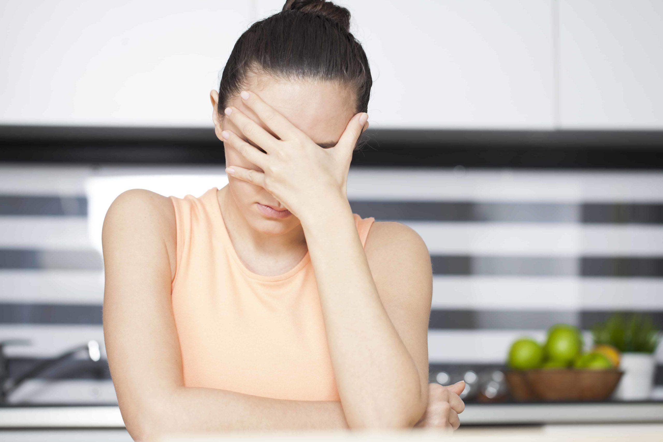 Meilleures recettes d'huiles essentielles pour les maux de tête de tension