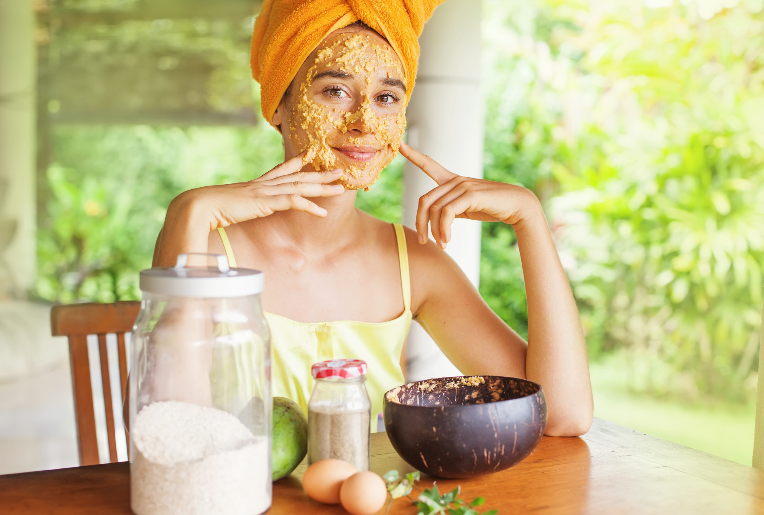 26 masques de bricolage à 2 ingrédients rapides et faciles pour une peau éclatante